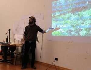Gaetan Morard presenta il suo progetto per diplomarsi in permacultura