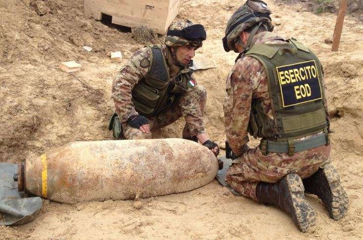 Nel secondo dopoguerra era comune imbattersi in frammenti di bombe