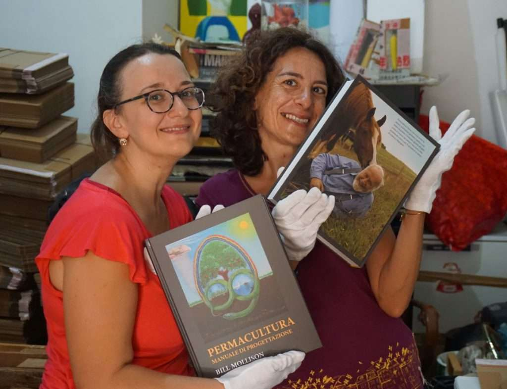 Marilena Cassano e Giampaola Cardaropoli, due socie fondatrici dell'APS MEDIPERlab - Laboratorio di Permacultura Mediterranea