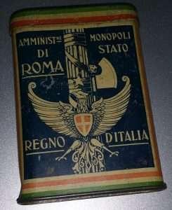 Scatola di latta per tabacco del periodo fascista
