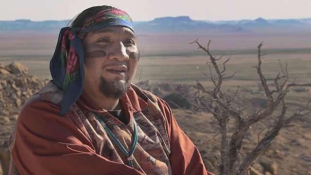 WESTIN LUKE PENUMA Nativo americano, membro della tribù degli Hopi dell'Arizona